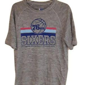 Philadelphia 76ers tshirt